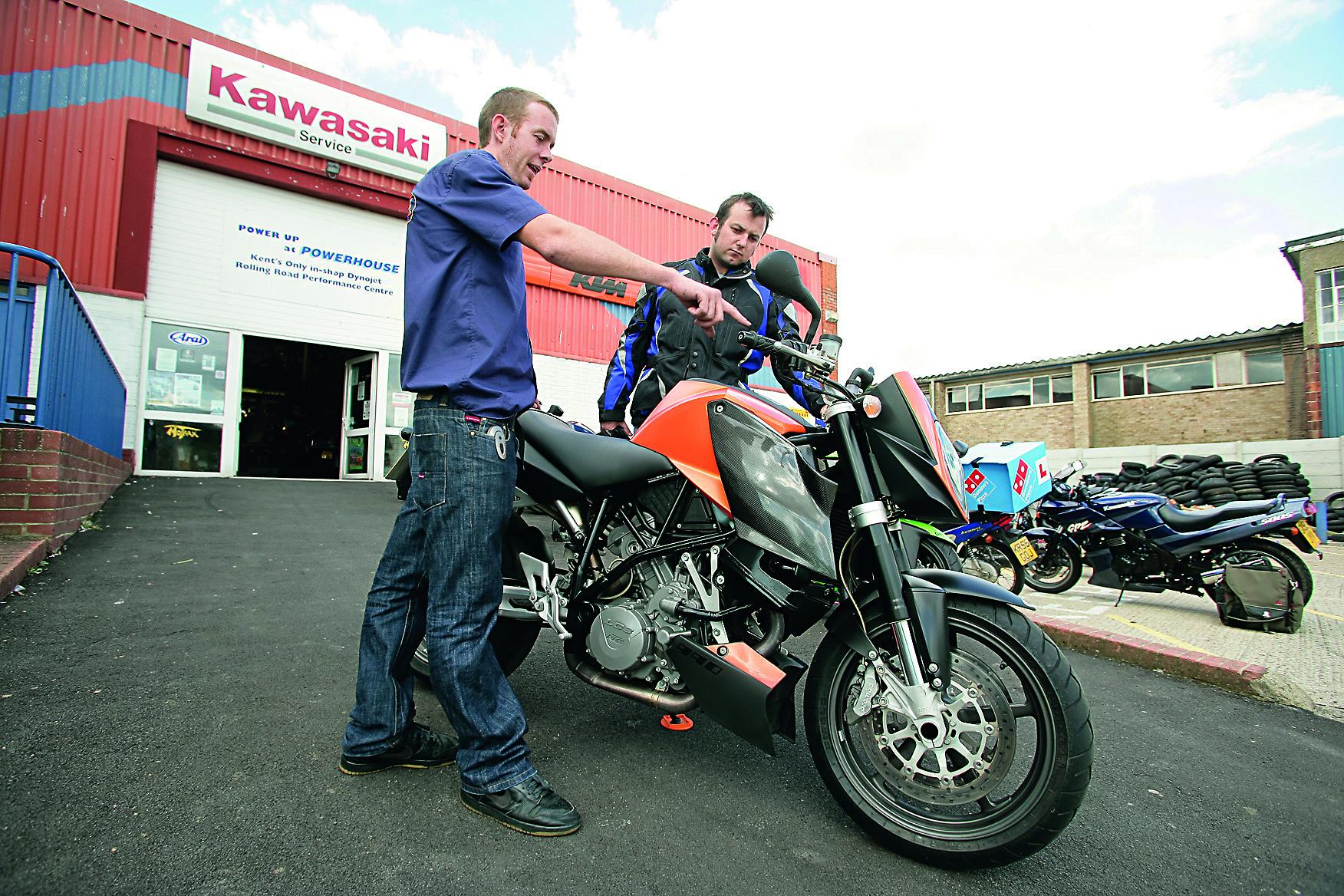 Comment Acheter une moto en Angleterre - Comment Acheter une moto en Angleterre