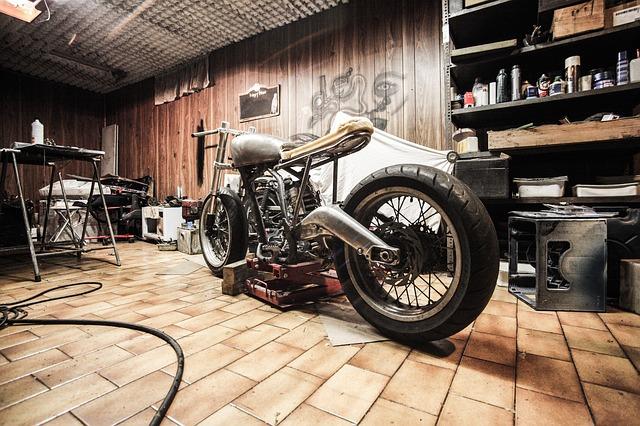 UKMOTO votre specialiste moto anglaise video1 - UKMOTO votre specialiste moto anglaise video