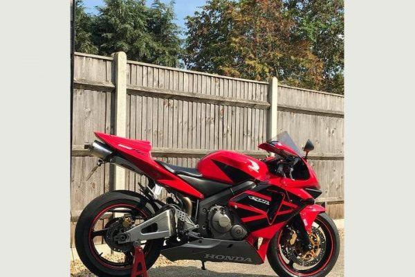 media 24 600x400 - Honda CBR600RR 599cc