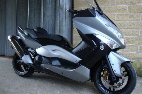 media 4 4 600x400 - Yamaha TMAX 500 T-MAX 500cc