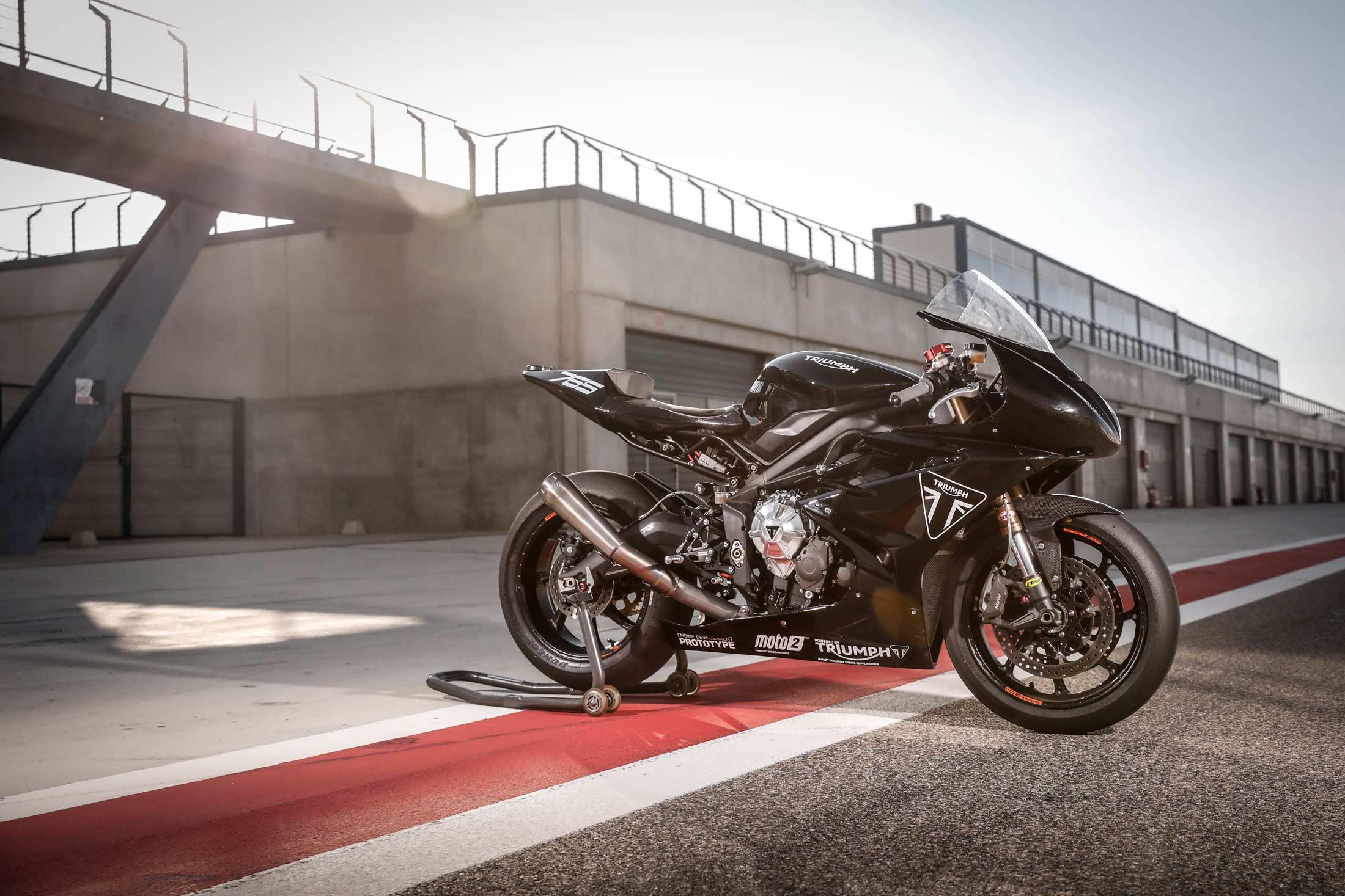 2 Moto angleterre occasion et moto occasion Triumph - Moto angleterre occasion et moto occasion Triumph